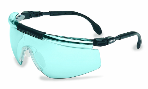 IDEA Award winner, Uvex FitLogic(tm) is the first safety eyewear to offer a custom fit for any face. Utilizing a combination of design and material technology, FitLogic allows wearers to adjust their eyewear at four different points to match their own custom fit profile.