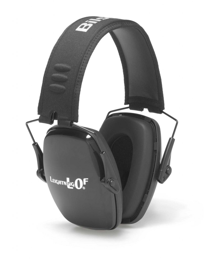 Designed to provide reliable protection for intermittent or marginal noise hazards, the L0 Series features an ultraslim earcup design with less weight and bulk than standard earmuffs, and is available in Folding (L0F) and Neckband (L0N) models. The L0F Folding model with steel wire construction and